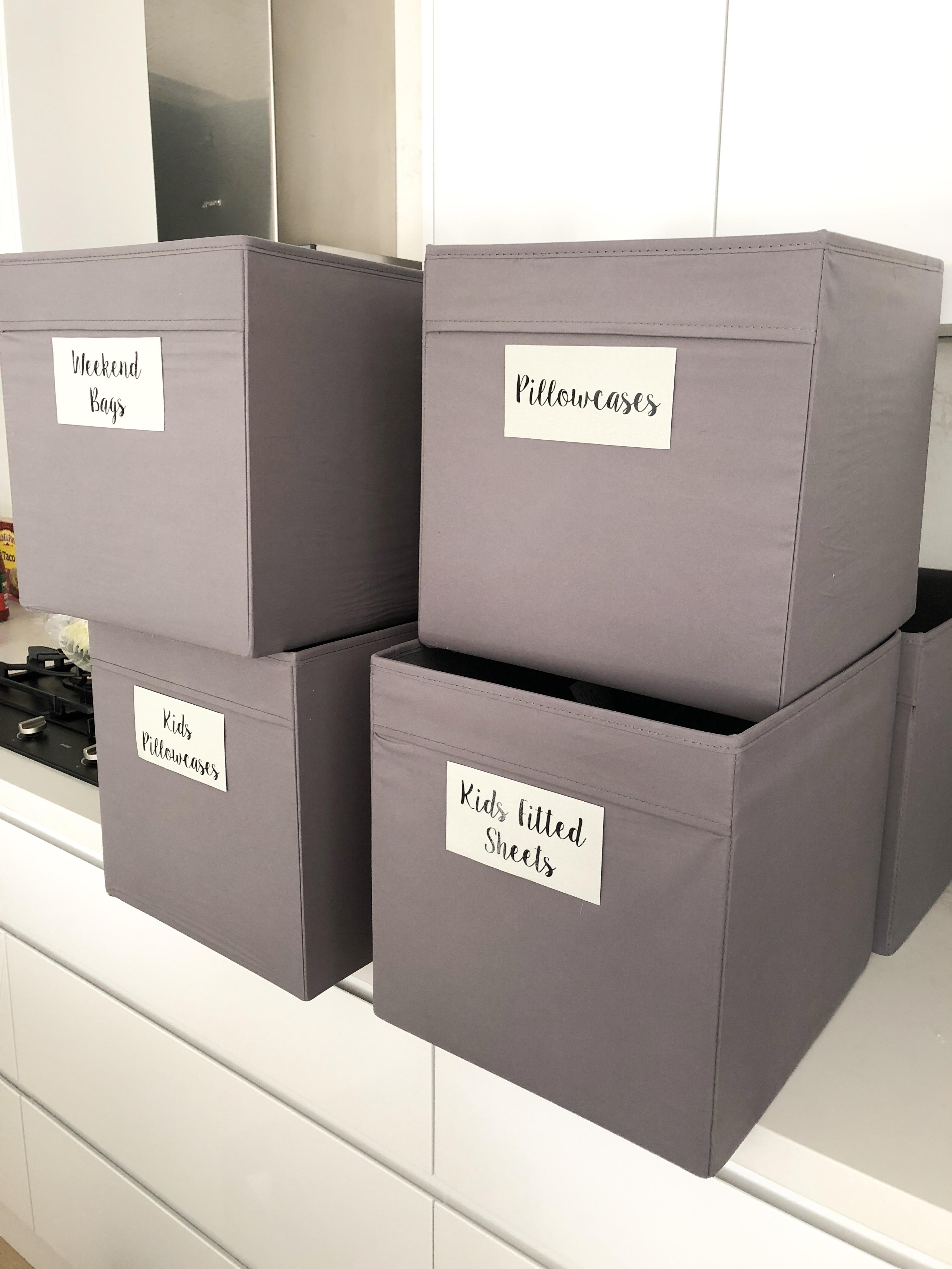 linen closet organisation